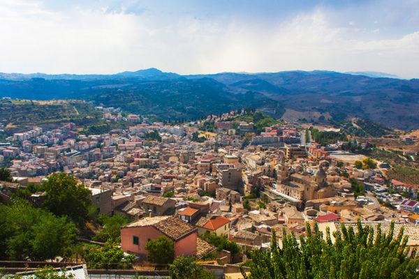 Panorama_di_Agira