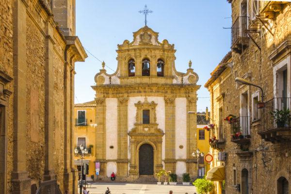 Chiesa_dell'Addolorata_-_Niscemi